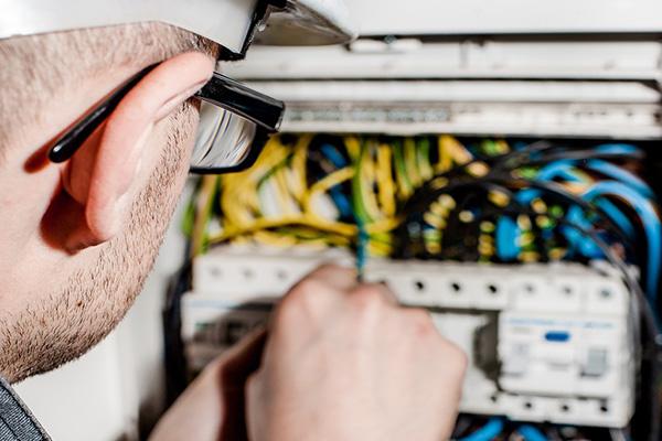 reparacion instalacion por electricista